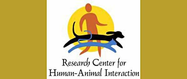Interesantísimo proyecto ReCHAI para formación de perros de terapia y ayuda a personas con estrés postraumático.