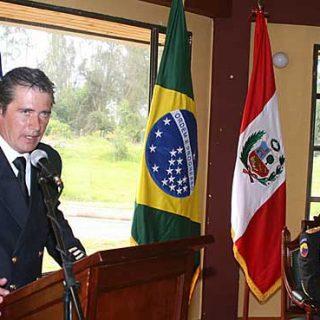 El investigador, creador de recate canino Método Arcón y bombero del Ayuntamiento de Sevilla Jaime Parejo recibió destacado galardón por la Universidad Santo Tomás de Colombia.