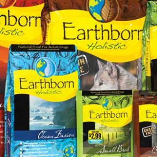 Pienso holístico para perros Earthborn.