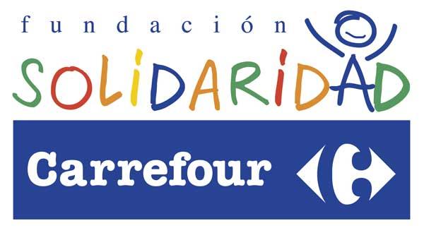 La Fundación Solidaridad Carrefour entrega 11 perros de asistencia y programas de terapia a niños con autismo y otras discapacidades.