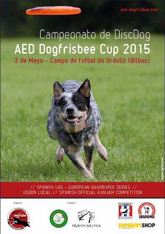 La población de Urduliz alberga por primera vez un campeonato internacional de dogfrisbee (modalidad deportiva canina con disco volador).