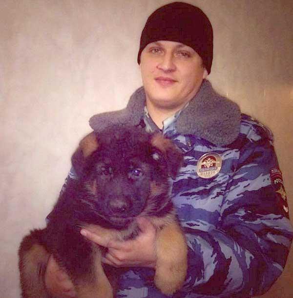 Dobrynya, el cachorro que une a Rusia con Francia