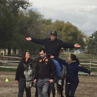 Equinoterapia, los caballos de terapia ¡también ayudan!