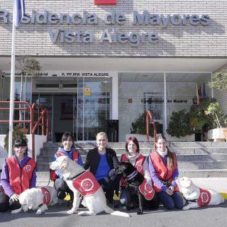 La presidenta de la Comunidad de Madrid, Cristina Cifuentes, ha presentado hoy el Servicio de Intervención Canina.