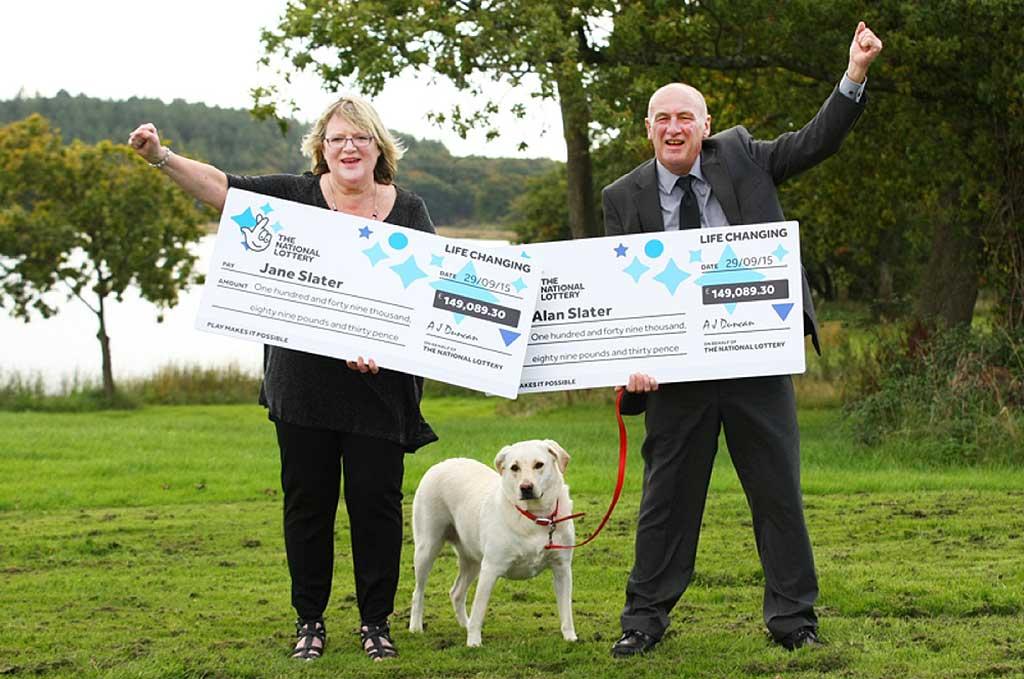 Ganaron la lotería por segunda vez gracias a Ruby, su perra.
