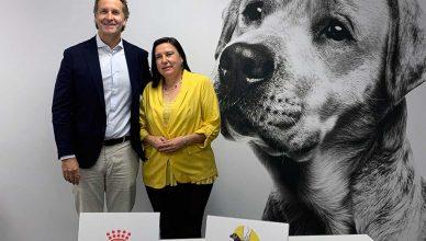 Royal Canin apoyará el programa del perro guía de la ONCE.
