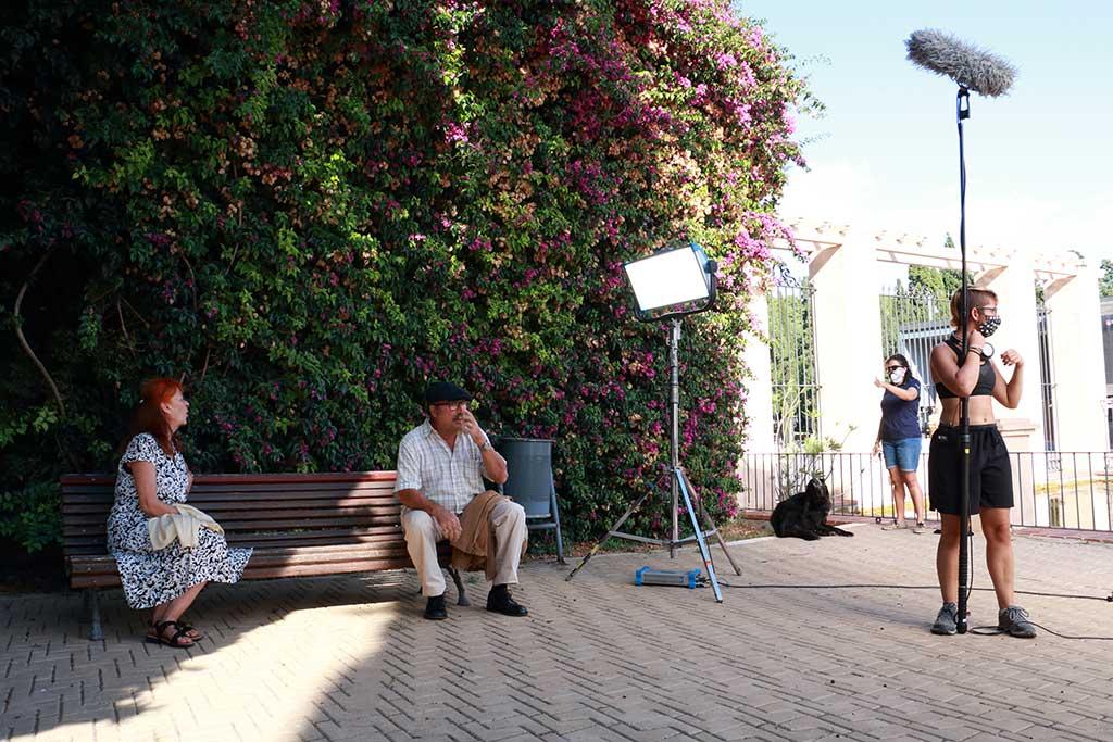 Cortometraje de cine social 'Fils Trencats', que aborda la realidad de los malos tratos intrafamiliares a las personas mayores.